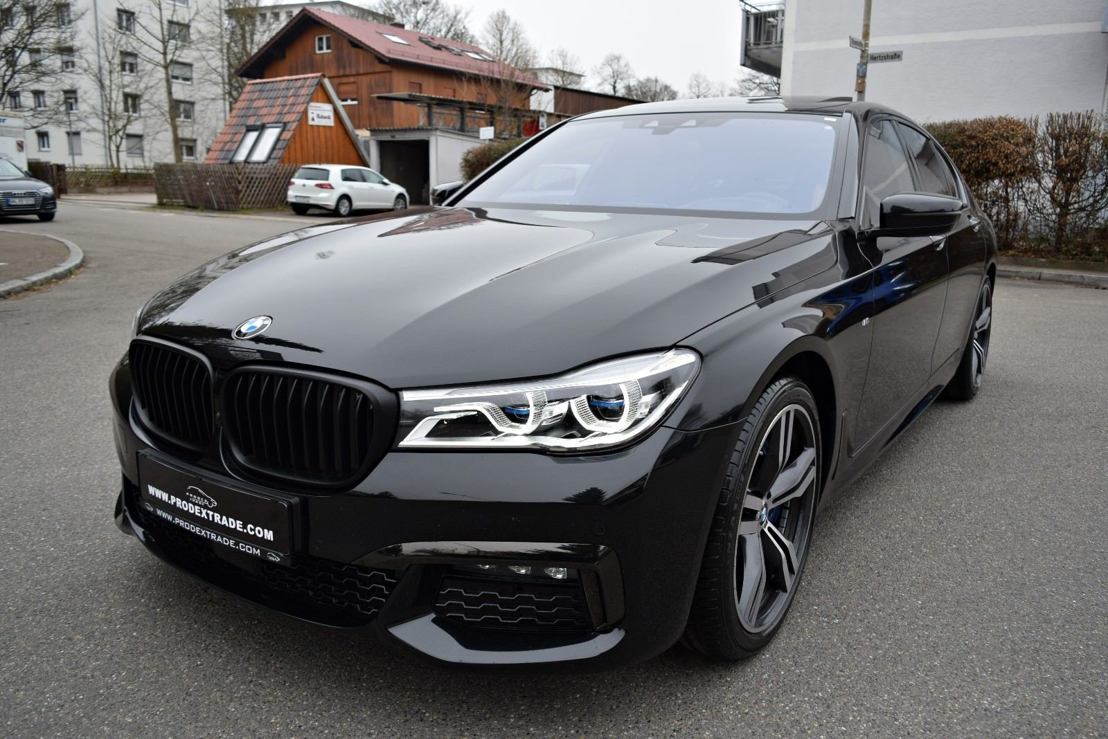 BMW 750xd M Sport Black